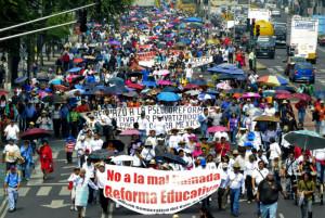 CNTE-marcha